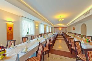 Sala bankietowa w restauracji hotelowej